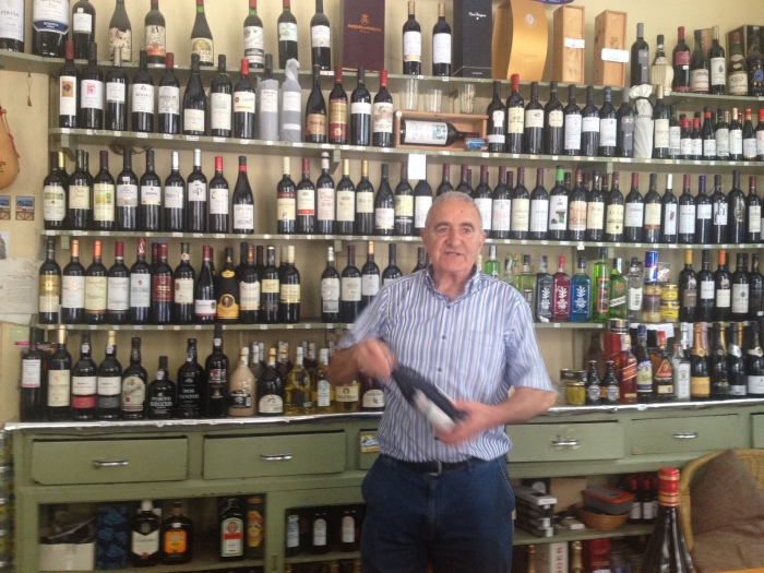 oldest wine shop in SSB!  Vinos Ezeiza